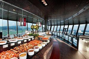 澳門塔自助餐 - 360°旋轉餐廳
